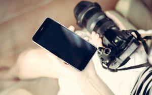 Smartphone-Kamera und Spiegelreflex
