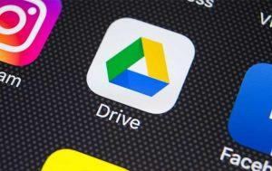 Kontakte von iPhone auf Android übertragen per Google Drive: Handy mit Google Drive App