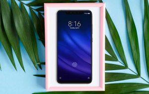 6-Zoll-Handy: Produktbild Xiaomi Mi 8 Pro