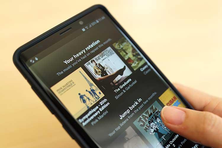 Google Home: Apps installieren