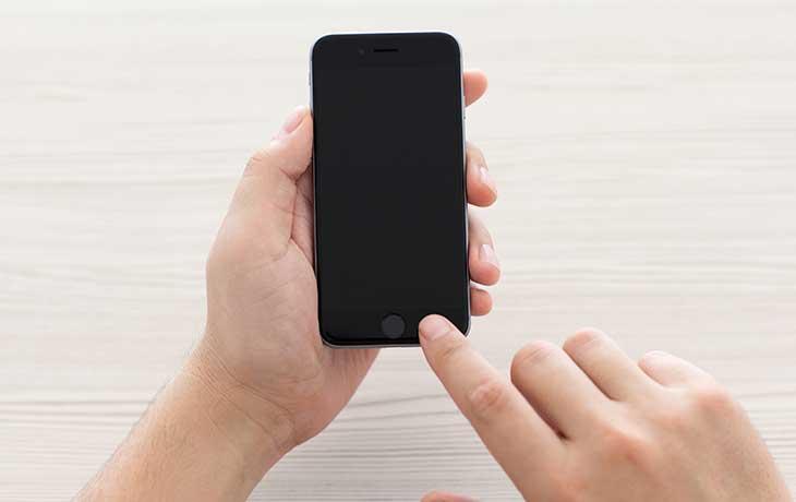 iPhone Bildschirm bleibt schwarz