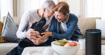 Alexa für Senioren – So hilft der Smart Speaker im Alltag