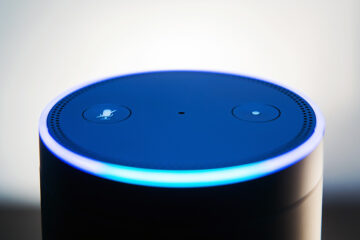 Alexa leuchtet blau