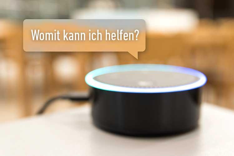 Smart Home Amazon Echo mit Sprechblase: Womit kann ich helfen?