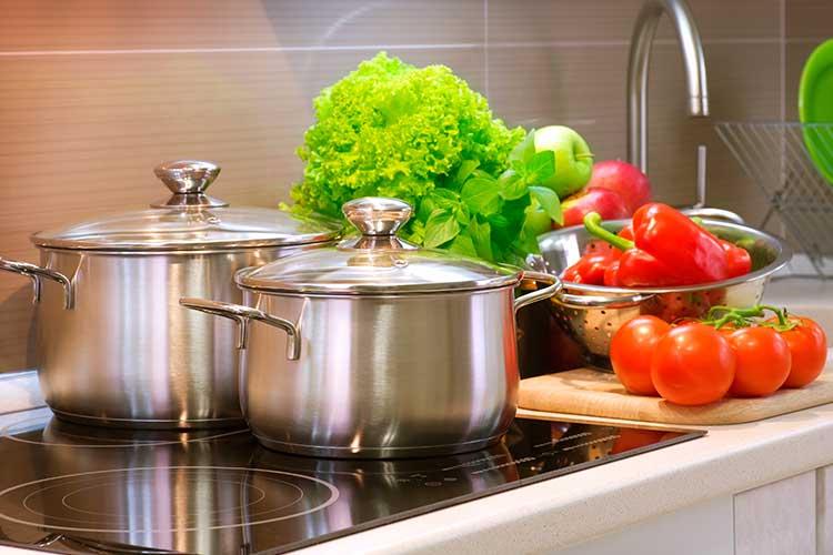 Smart Home Sicherheit beginnt in der Küche.